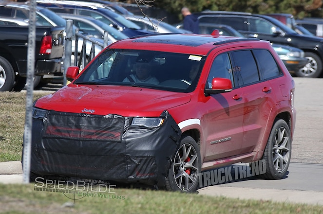 "Images Surface of Jeep Testing Grand Cherokee Hellcat ""Trackhawk"""