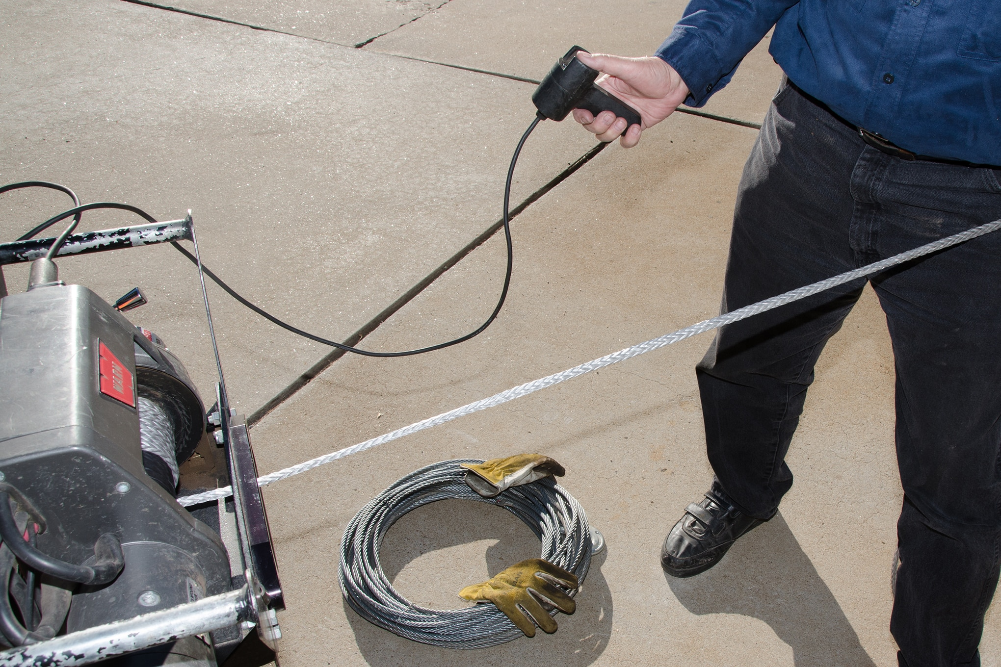 021 installing synthetic winch rope spooling in
