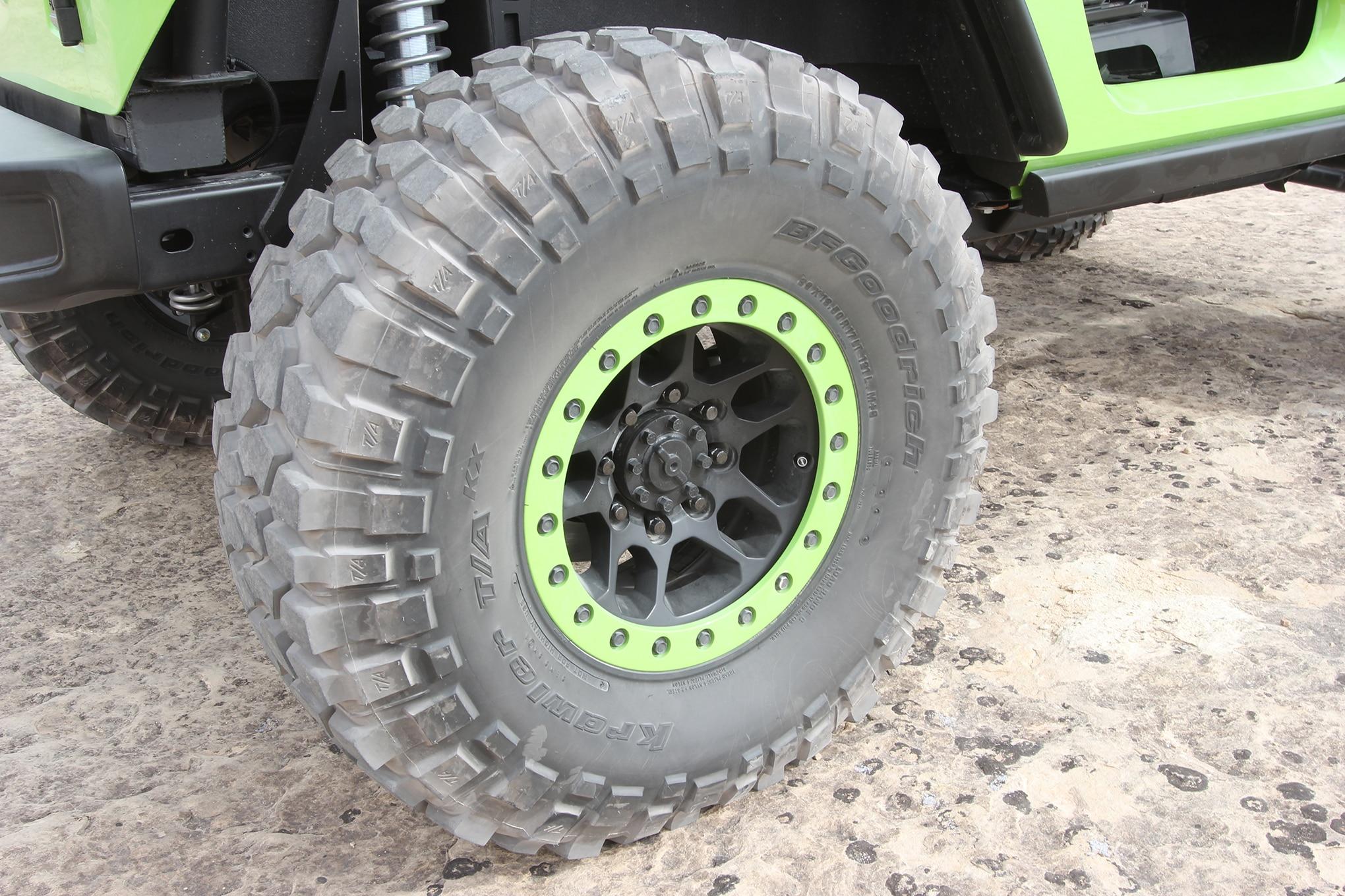 16 jeep trailcat