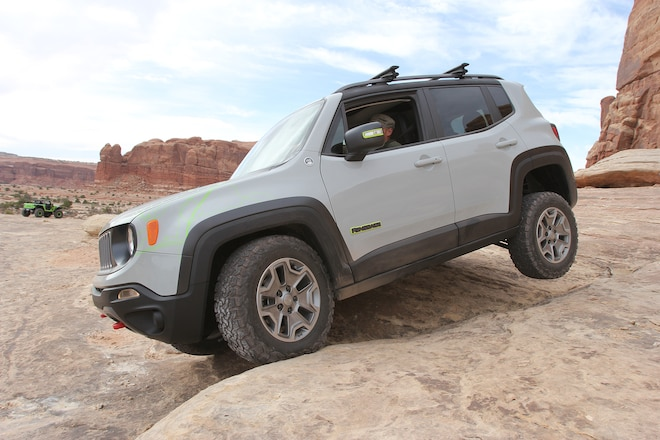 Modded Jeep Renegade Commander Concept From Moab EJS 2016 Day 3: Exclusive photos, video, opinions #EJS2016