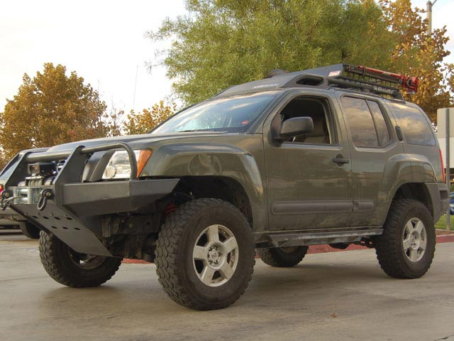 0810 4wdweb 01 z+2005 nissan xterra air locker+left front angle