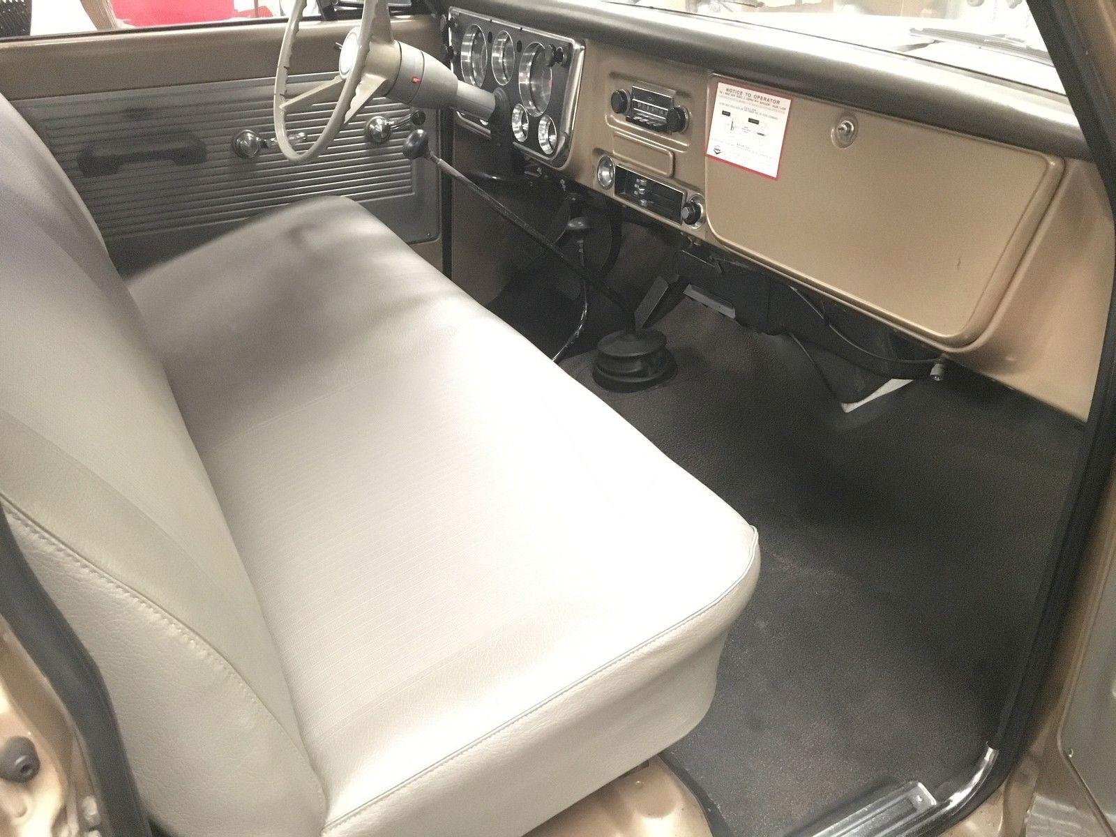 1968 Chevy C 10 interior