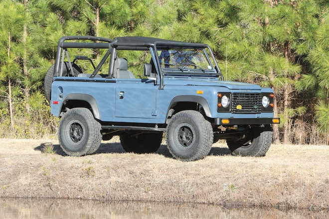 Two-Letter Defender: An LS-Powered Land Rover that goes as good as it looks