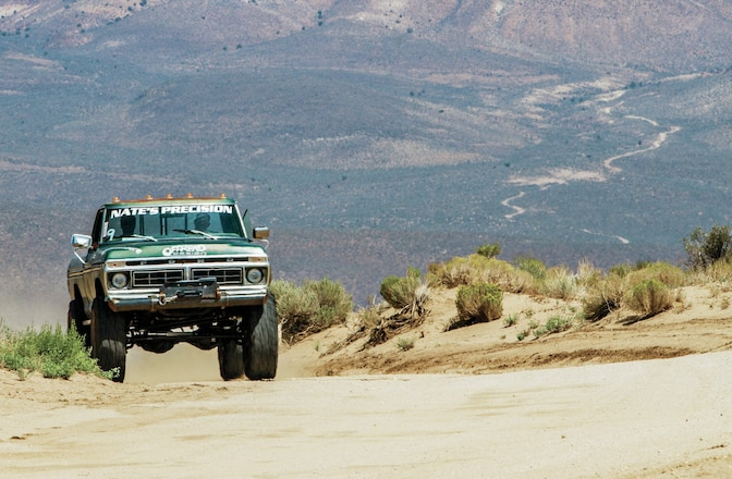10 Tips for Driving on Big Tires Every Day
