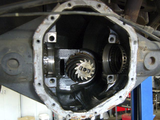 The bearing caps were then unbolted and the carrier was removed giving us first look at the unexpectedly large pinion gear.