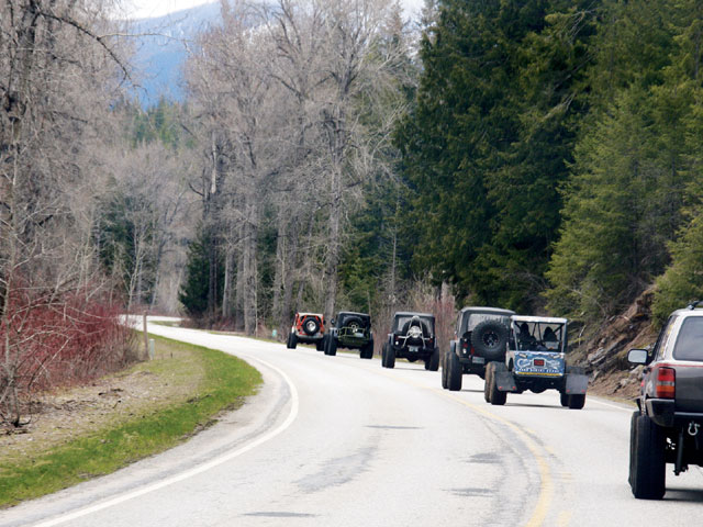 0812 4wd 03 z+2008 idaho trail tour part two+on road