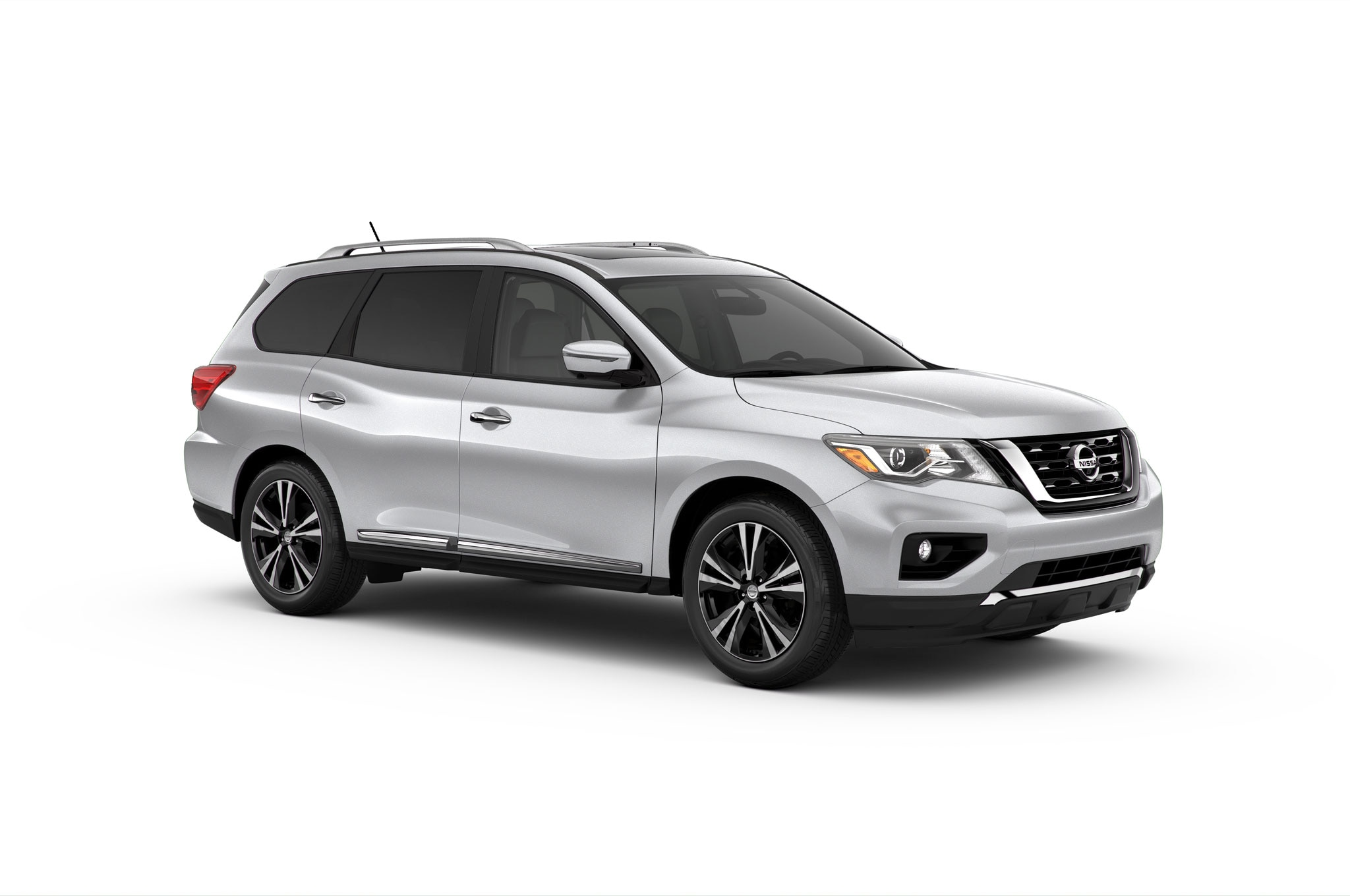 2017 nissan pathfinder front quarter in studio 17