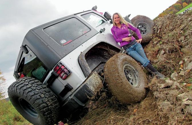 Jeep Chix Edition - Sideways