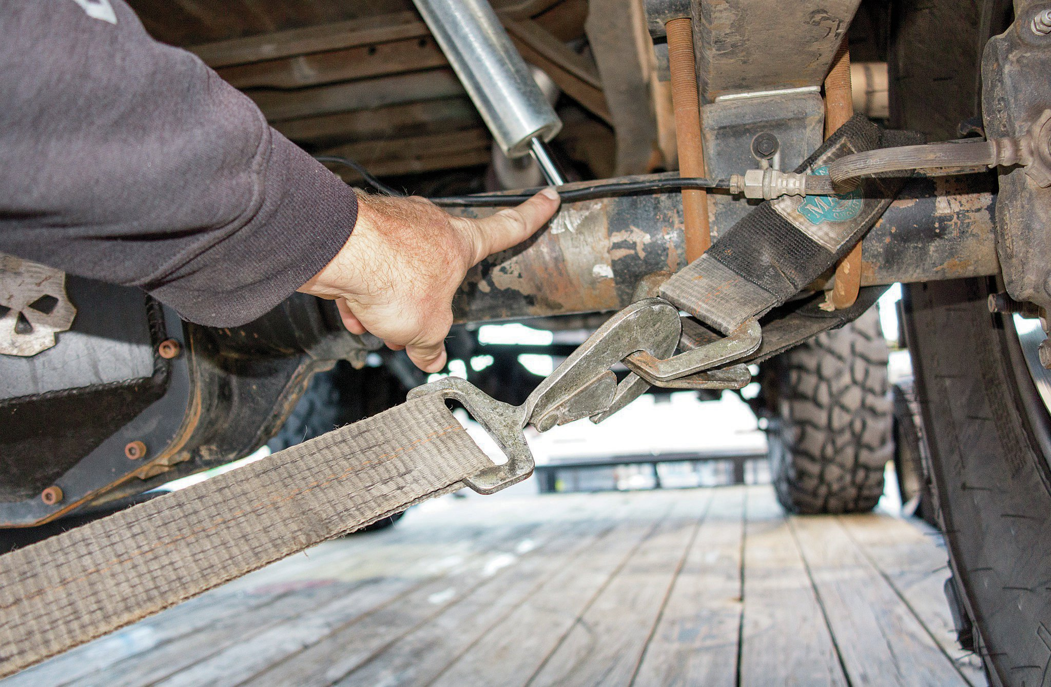 tow straps clearing brake lines