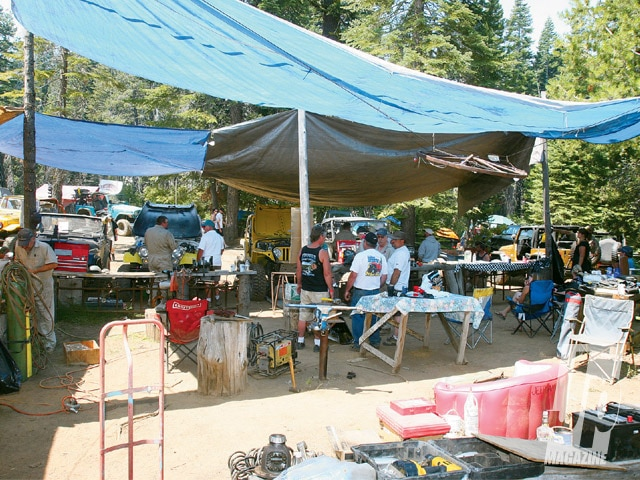 154 0811 13 z+56th annual rubicon trial jamboree+shop area