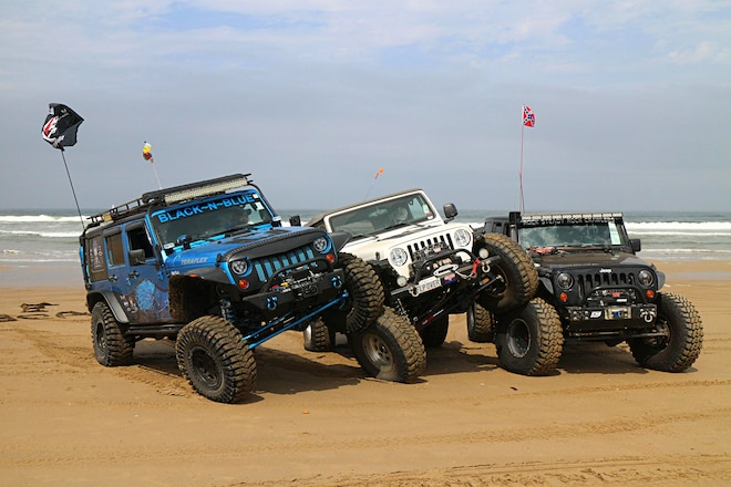 Jeep Beach West 2016 - Jeeps Pound Pismo Again
