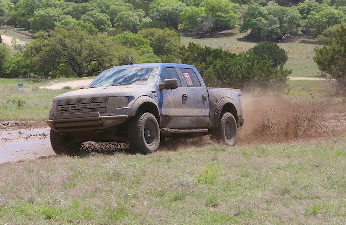 43 Miles Of Texas Heaven Greets 110 Ford Raptor Drivers