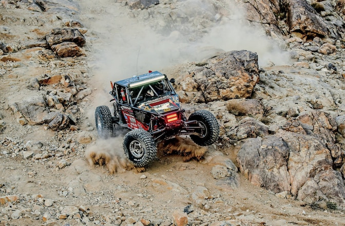 2015 King Of The Hammers Race - Hammertown Grows Bigger