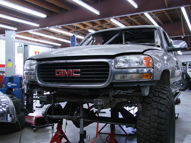 131 0811 15 z+2000 gmc sierra z71+wrap up 15