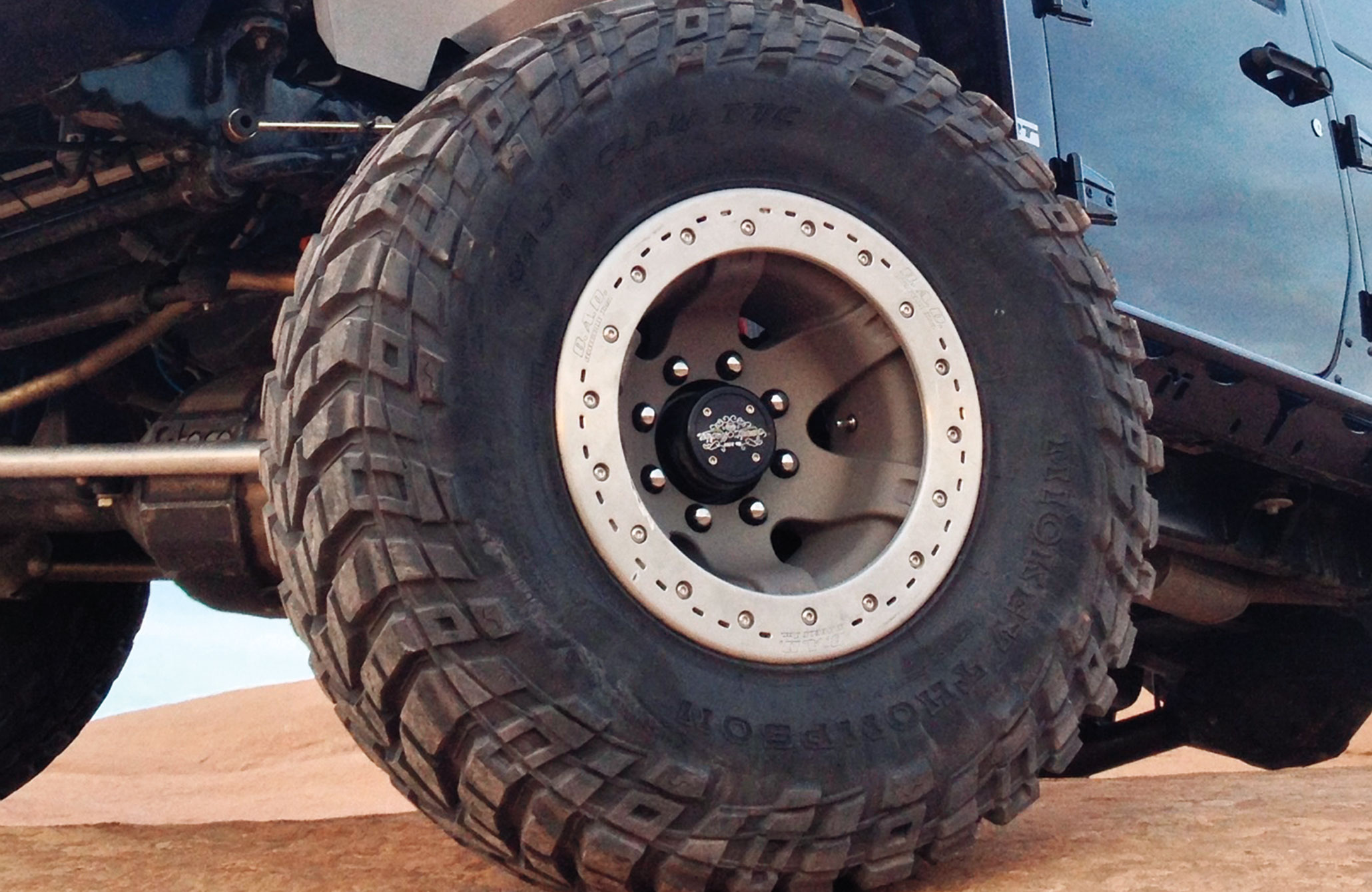 Bead Assist Device (BAD) has a different take on bead retention. Their U.S.-made cast-aluminum wheels use an internal ring with 5⁄8-inch studs and cotter pins to keep the ring from loosening after installation. They are only available in a 17-inch size and boast a 3,000-pound load rating.