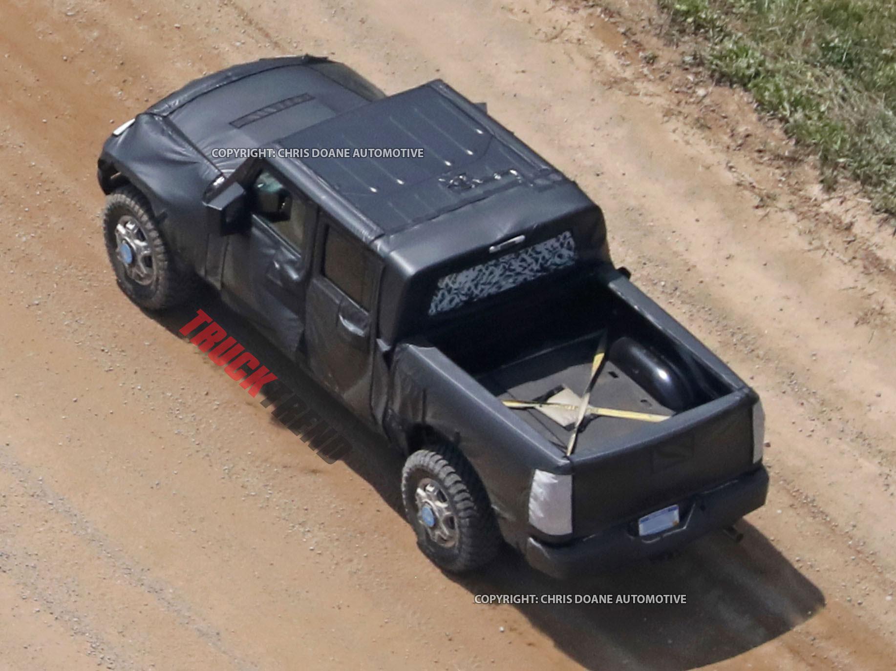 2019 Jeep Wrangler JL Pickup Spyshots 14