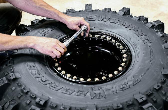 Running Limit Straps, Legal Beadlocks, Auto Transmission Swap - Techline