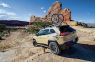 jeep cherokee grand trail rear view