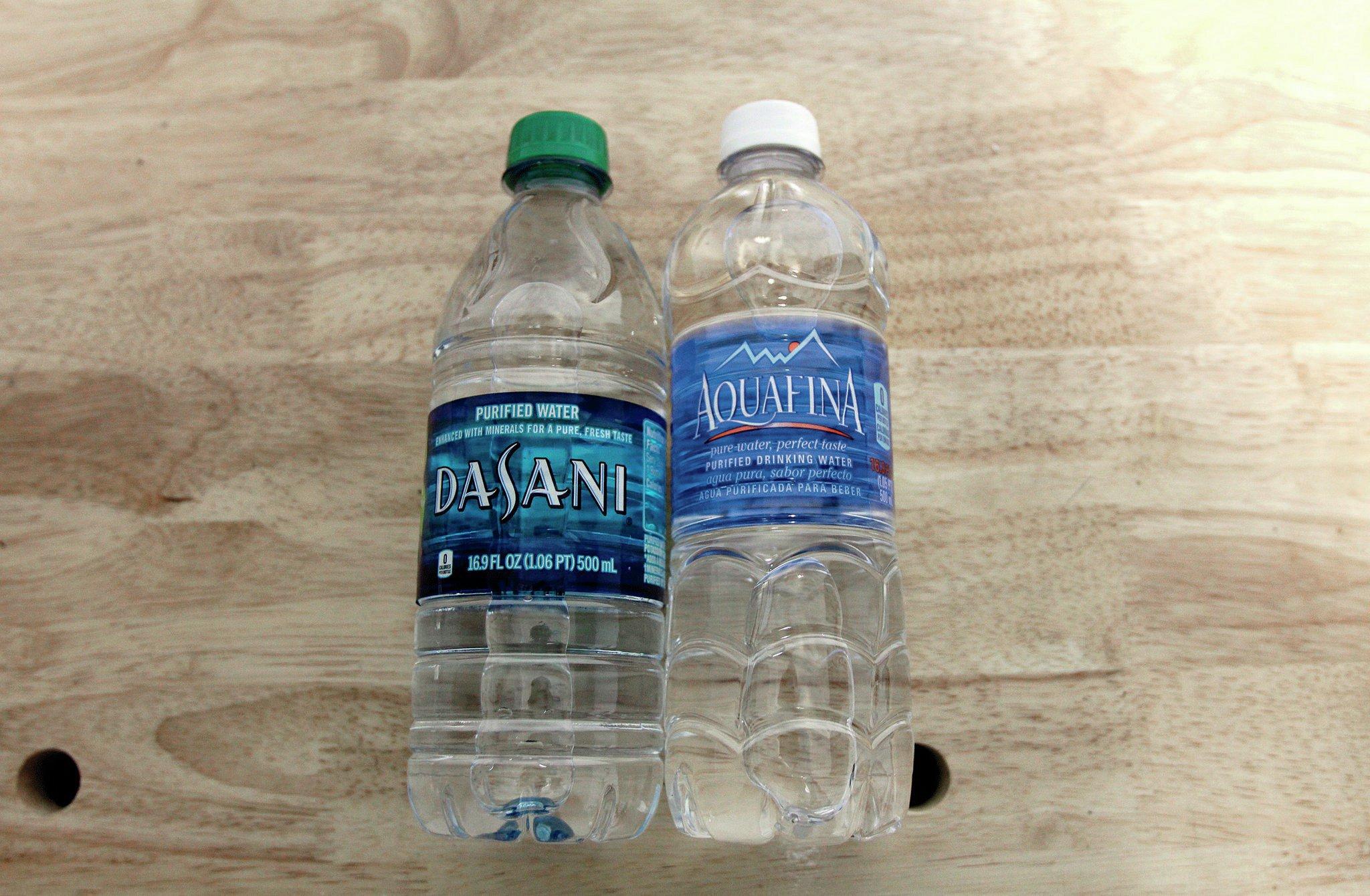 dasani aquafina water bottles