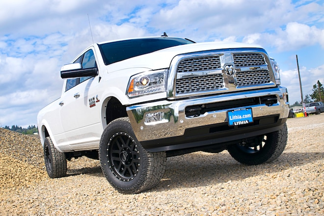 Raising The Front Of A 2014 Ram 2500 Heavy Duty With Epiq's 2-Inch Leveling Kit