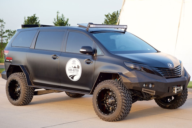 Don't Mess With This Minivan: Toyota Builds an Off-Road Sienna
