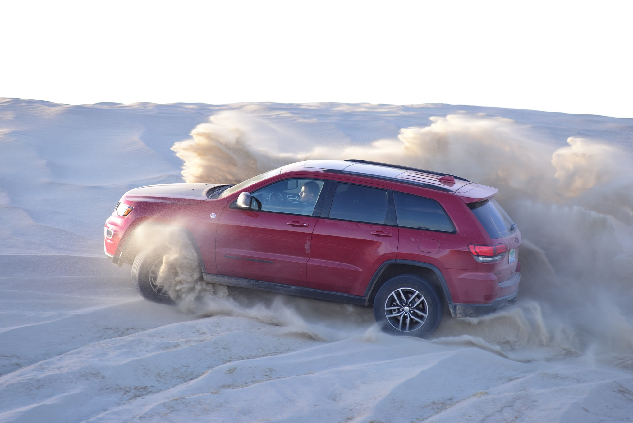 suv of the year trailhawk