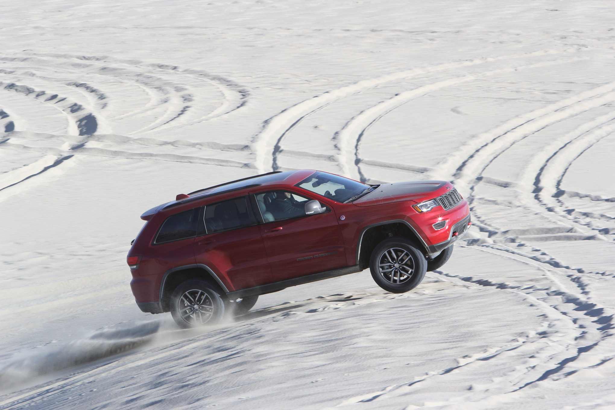 085 suv of the year