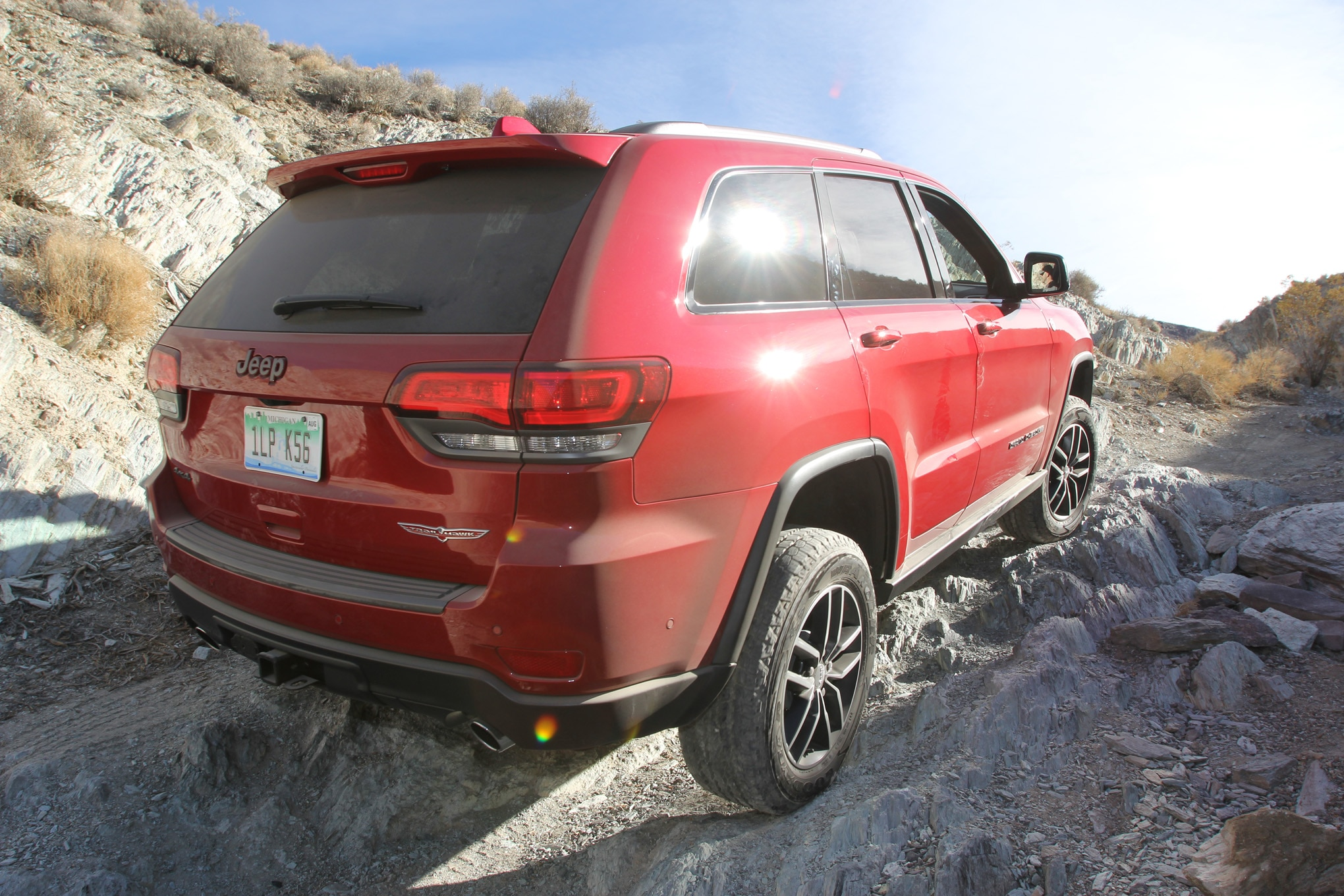 099 suv of the year