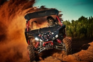 2017 yamaha yxz1000r ss red front action