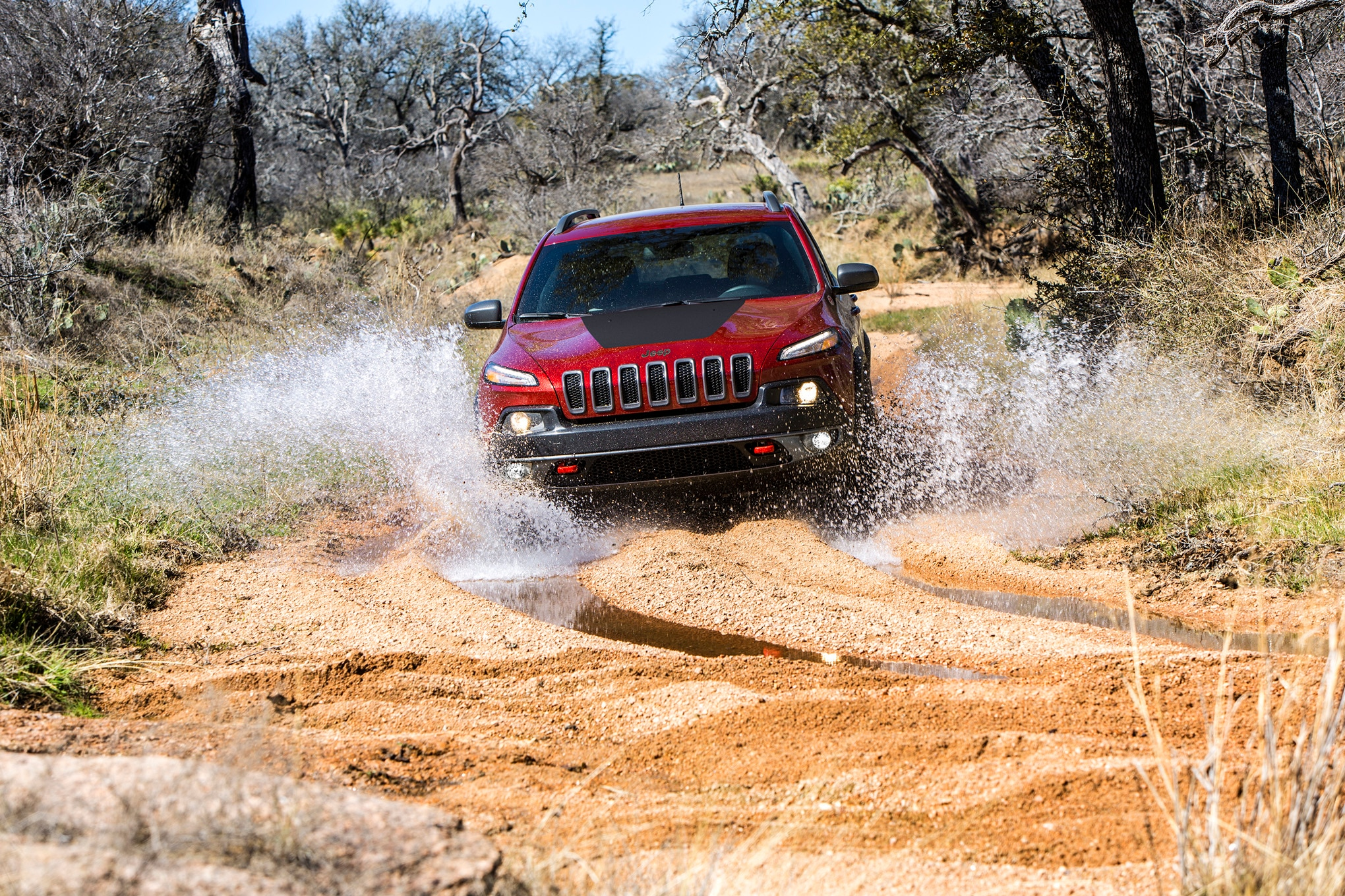 2017 jeep cherokee trailhawk water crossing sand off road offroad