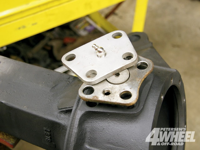131 0903 08 z+25 ton rockwell axles+steering knuckles upper brackets