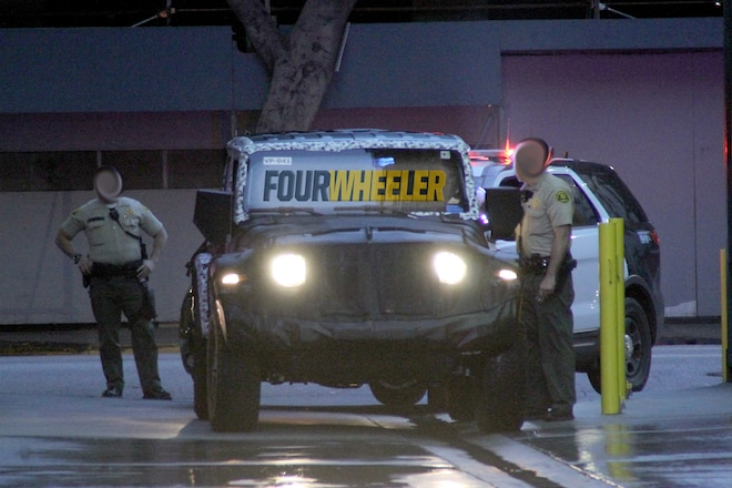 Jeep JL Wrangler Mule Gets Pulled Over in Downtown L.A.!
