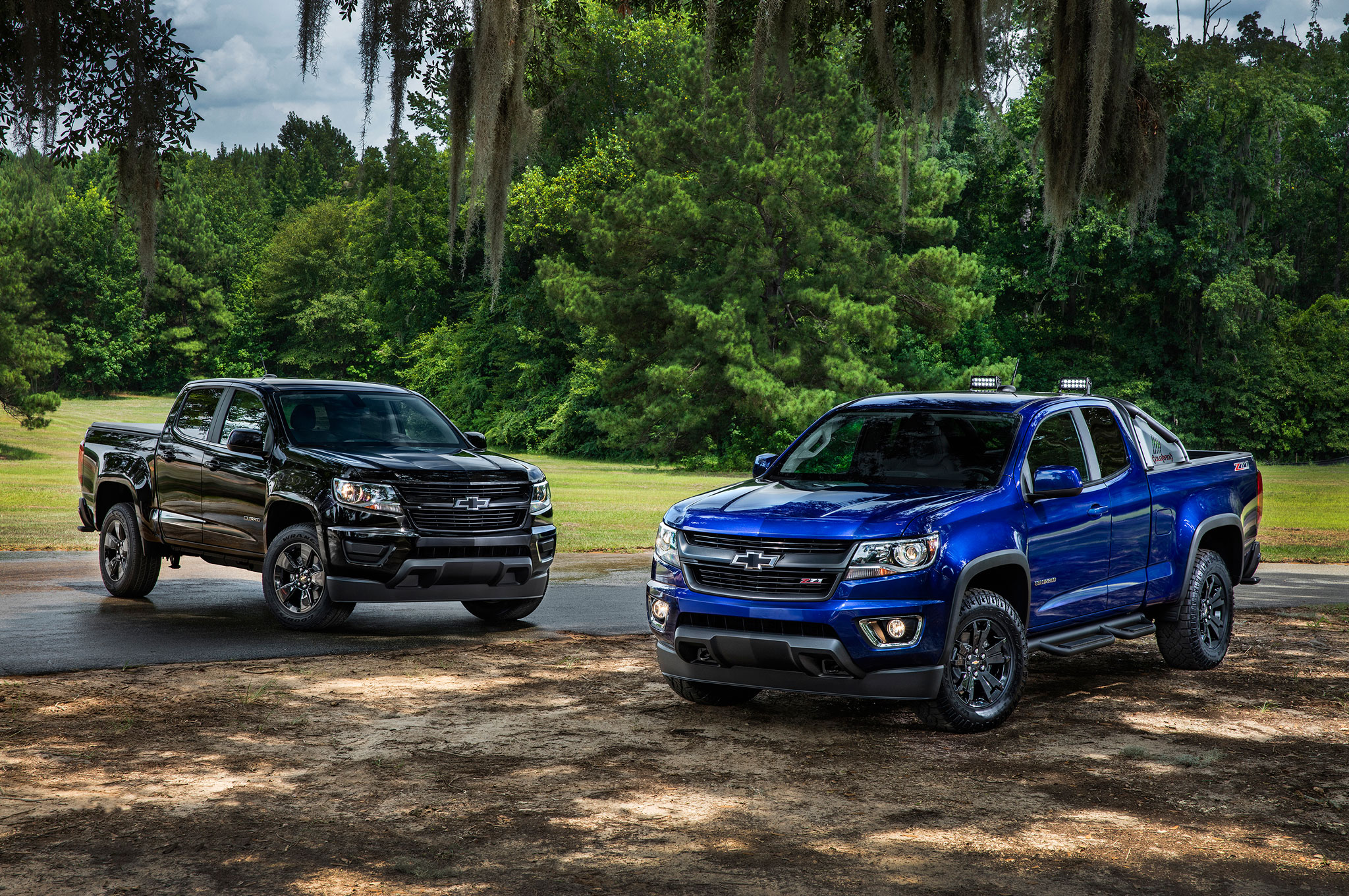 2016 chevrolet colorado midnight edition and z71 trail boss static