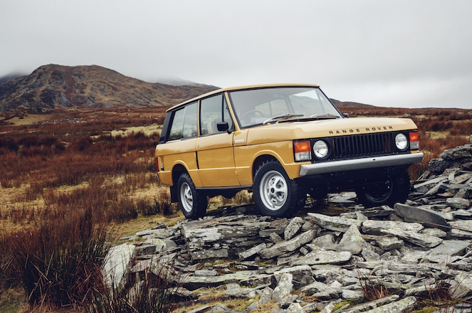 Land Rover Reborn Program Hits 1977 Range Rover