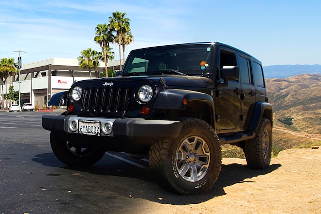 Discovering Your JK Wrangler's Off-Road Potential with a JKS Jspec 2.5-inch Suspension System and the Right Tires