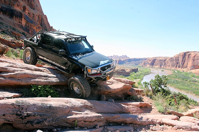 Day 2 At The 2017 Easter Jeep Safari: Roaming The Moab Rim Trail