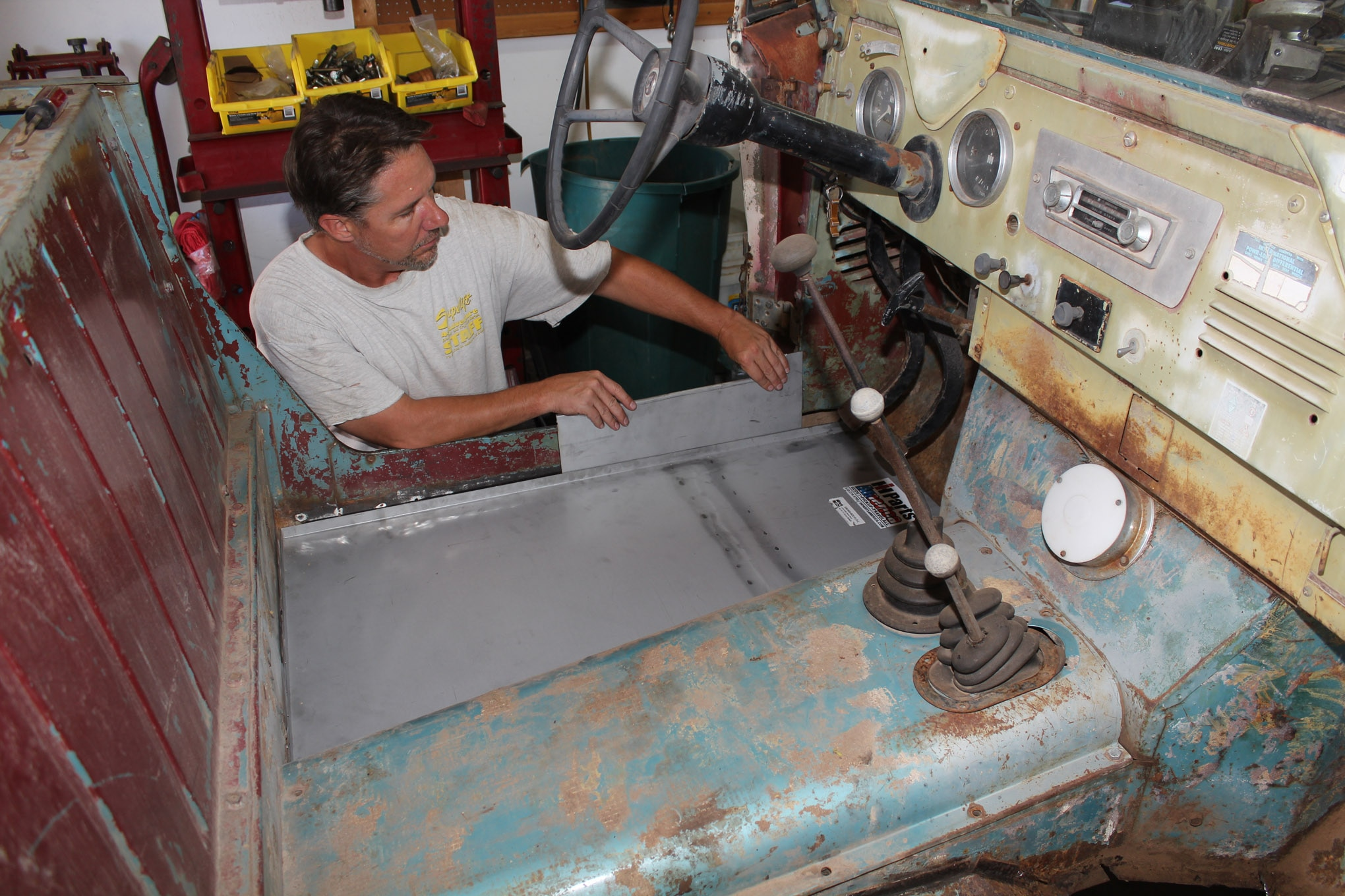pugsley the scout gets new floors · a 1962 scout 80