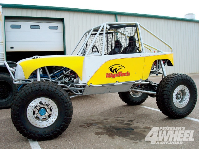 131 0904 09 z+april 2009 auto news+custom rock buggy