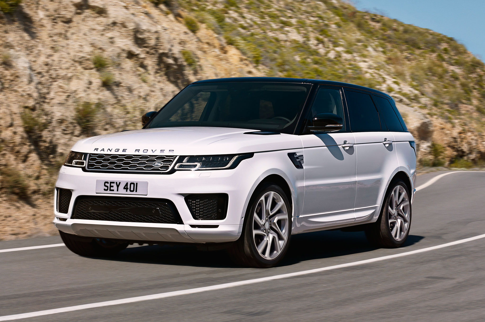 JLR Reveals 2019 Range Rover Sport Plug-In Hybrid Among Other Updates