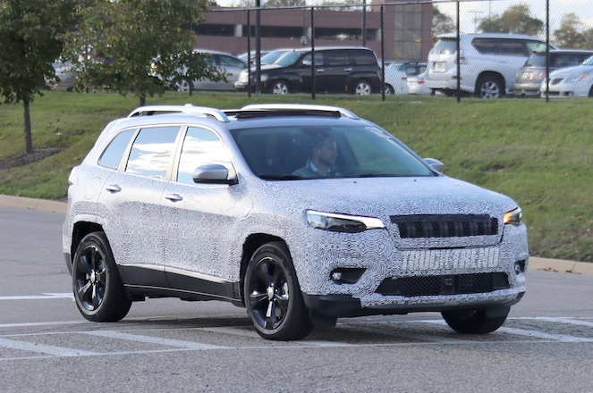 SPIED: 2019 Jeep Cherokee – A New Face For the Controversial Crossover
