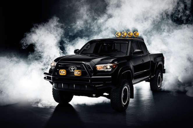 2016 Toyota Tacoma BTTF Tribute Edition Unveiled
