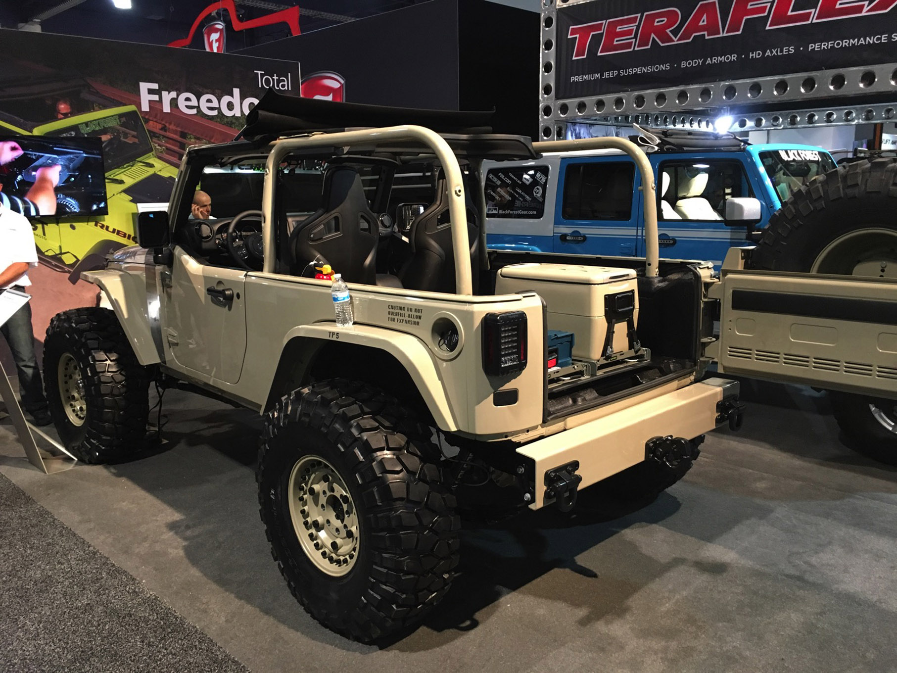 013 sema 2017 day 1 south upper hall gallery photos