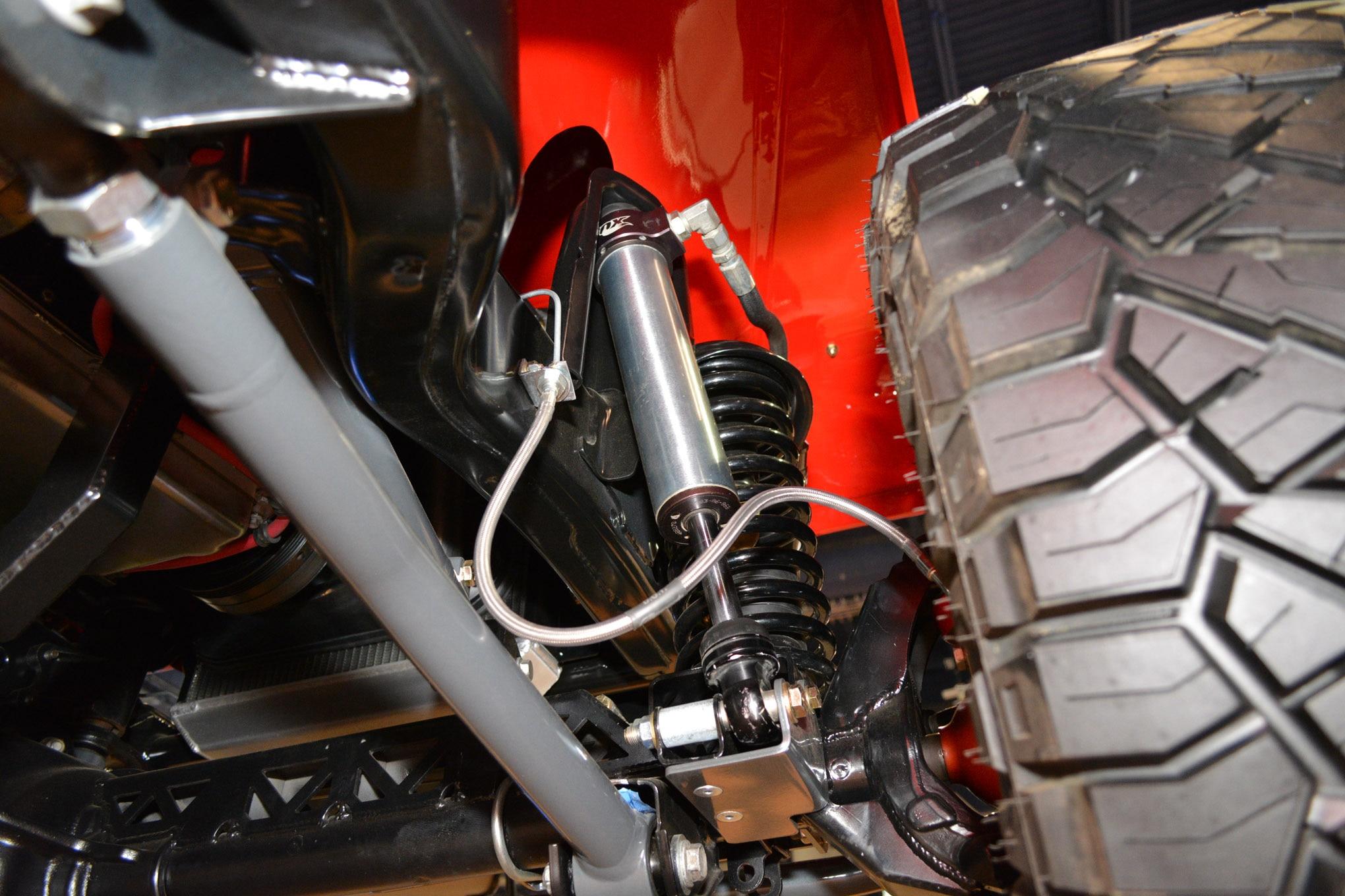 005 sema jeep mini feature jkcommando front suspension