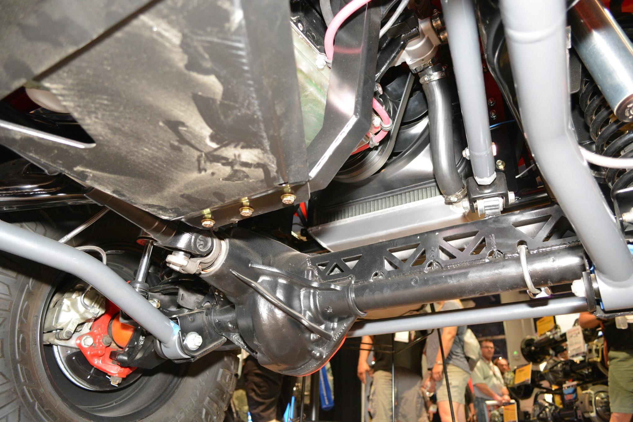 003 sema jeep mini feature jkcommando front axle