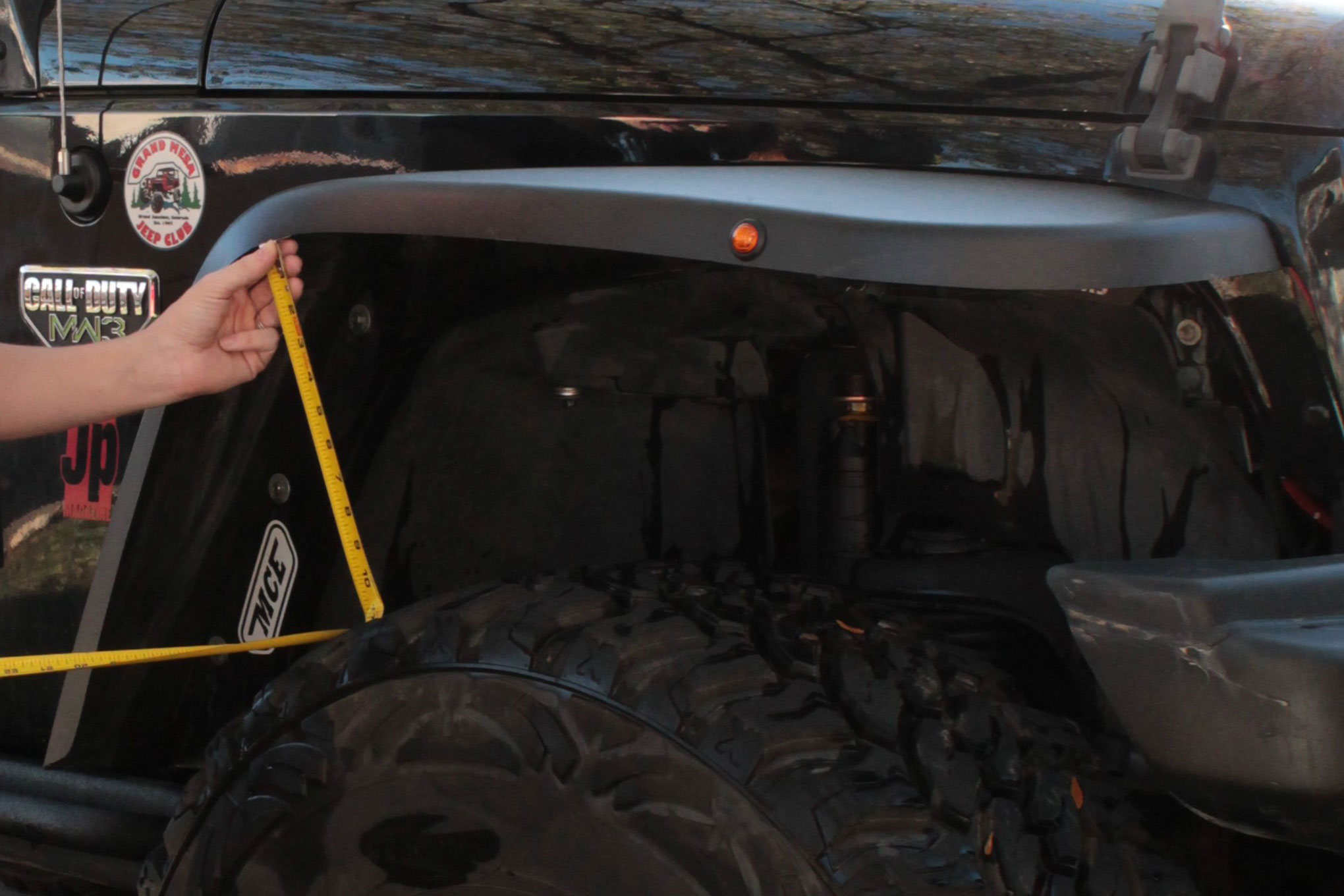 Katie gets Flexible With new Fenders for her Jeep - Catching up with Katie