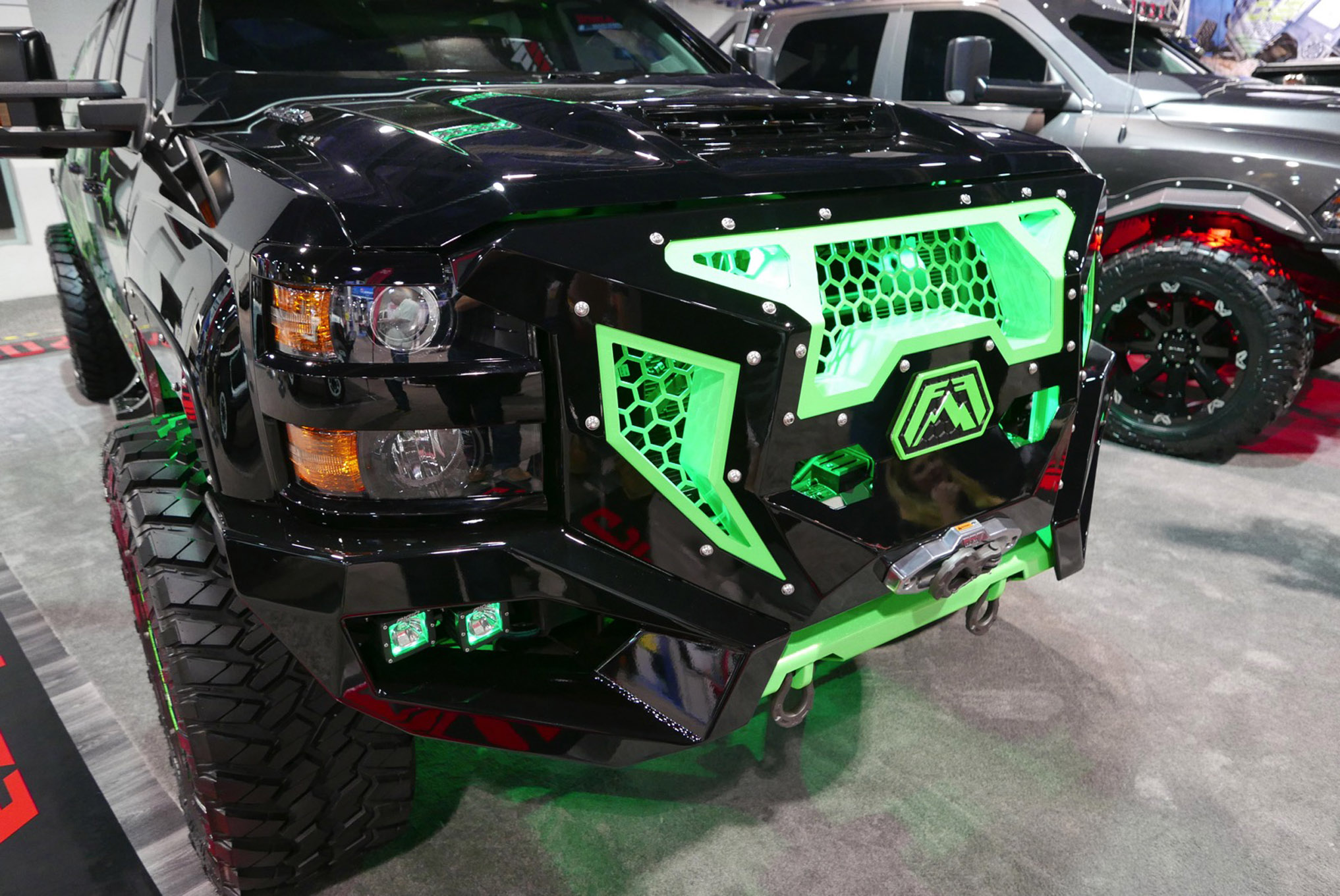 231 sema 2017 day 1 south upper hall gallery photos