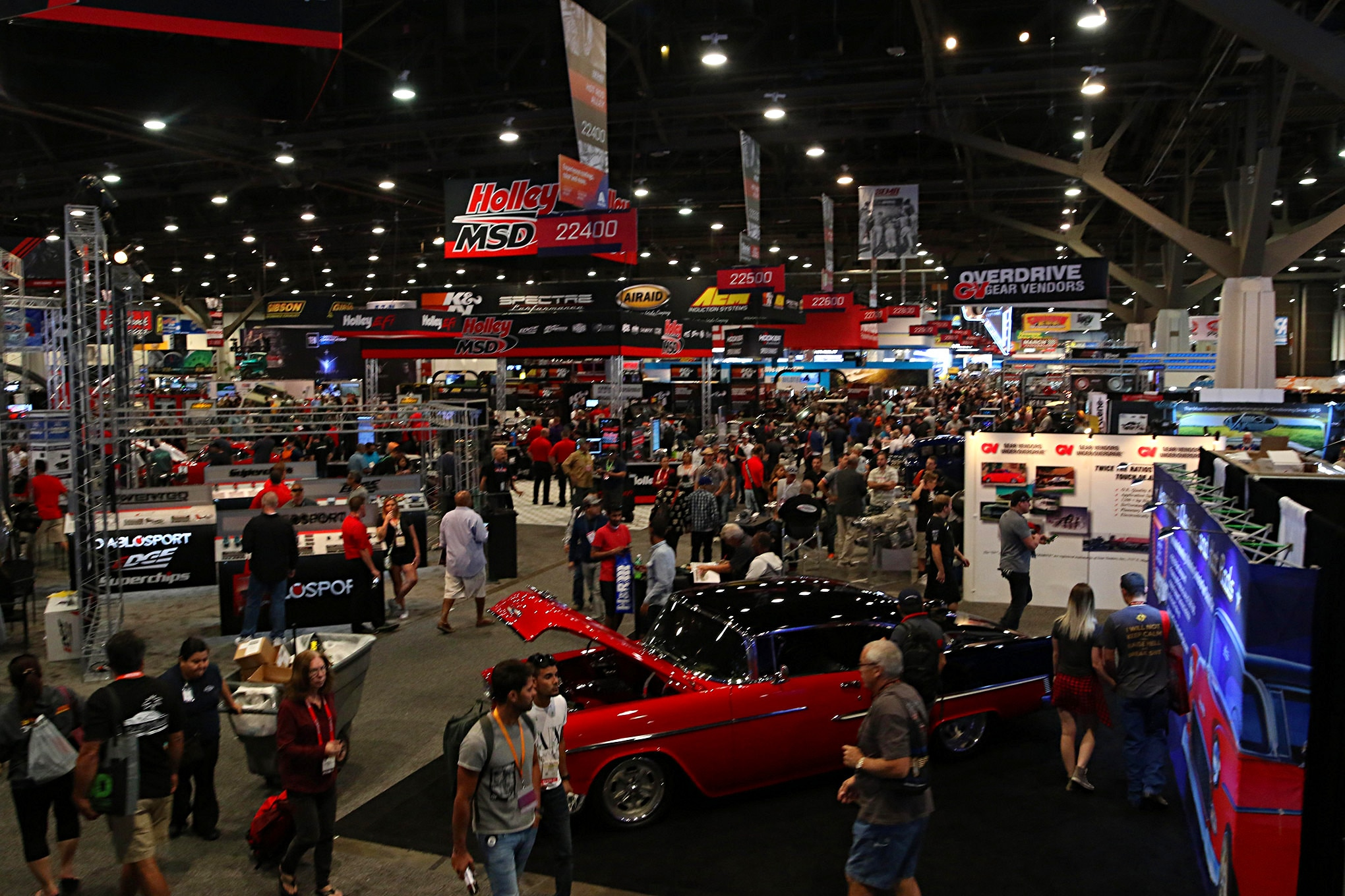 As large as outside is at SEMA, it pales in comparison to inside. To say that the place is gigantic is an understatement.