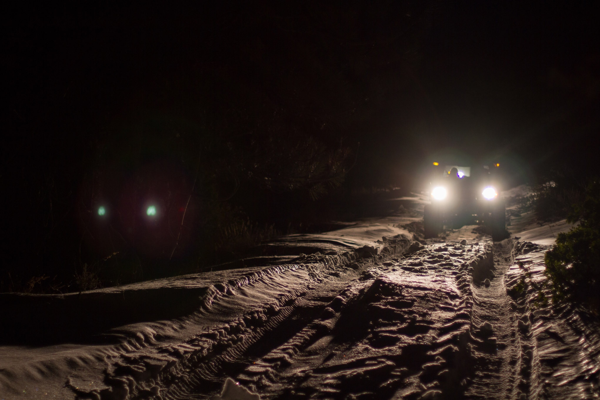 Wheeling in the snow at night adds an entirely new dimension to an already dangerous hobby. Temperatures are lowr at night, and it's easier to get disoriented. These are issues that can be overcome, but you need to be aware of them and prepare with the right equipment.