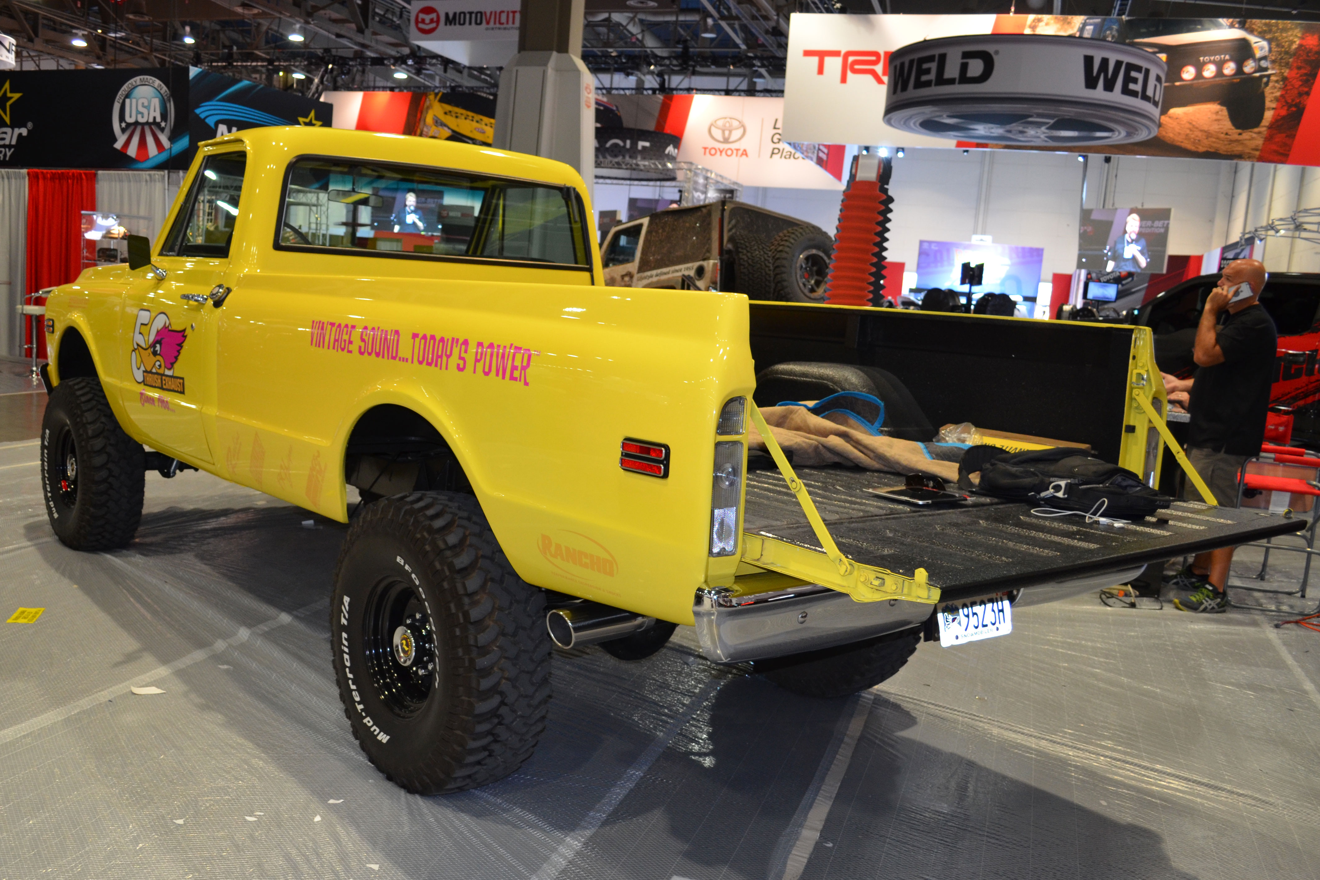 2015 SEMA Show Monday chevy truck