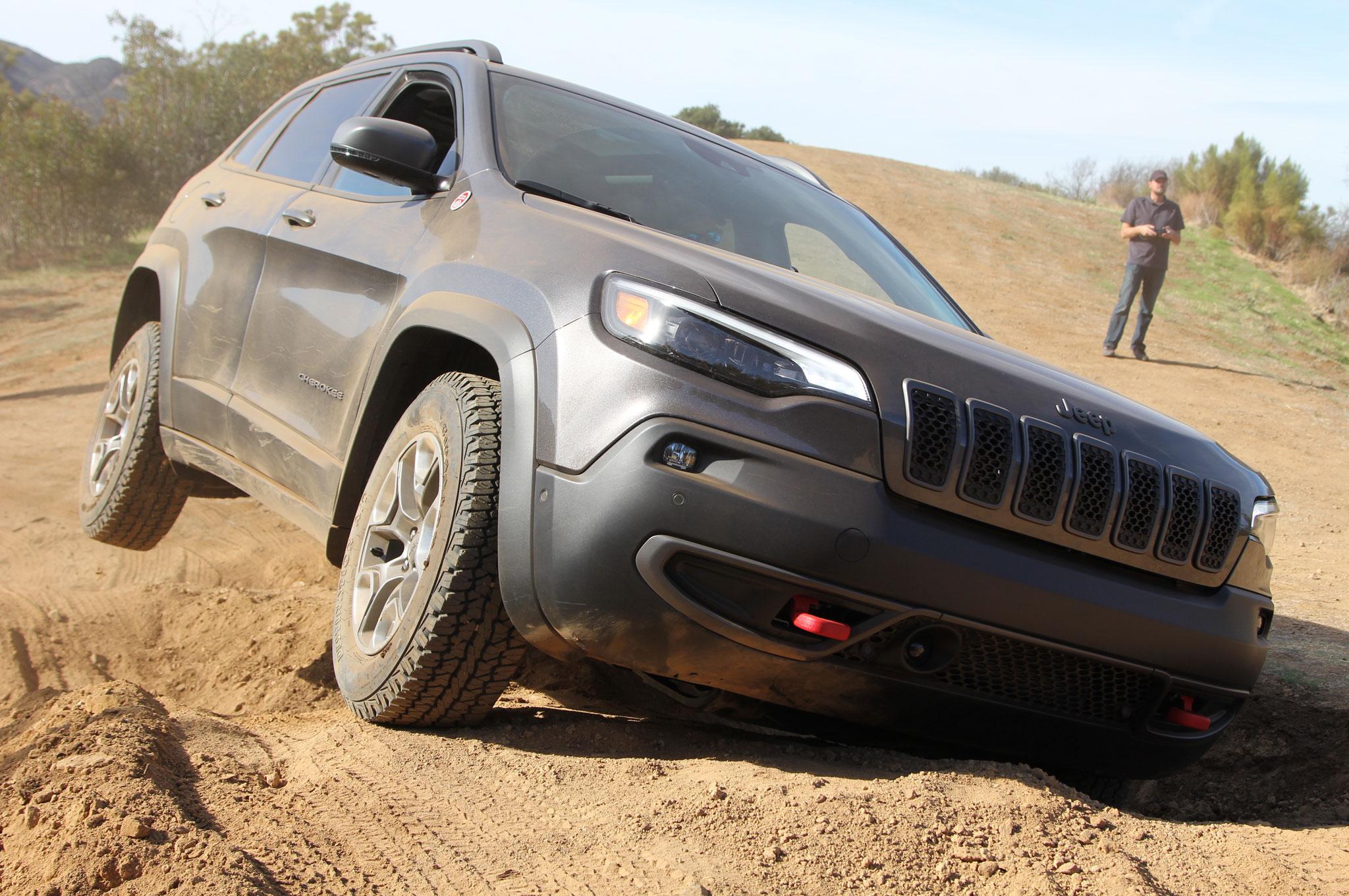 2019 Jeep Cherokee Trailhawk Gray Mike Grasso 29